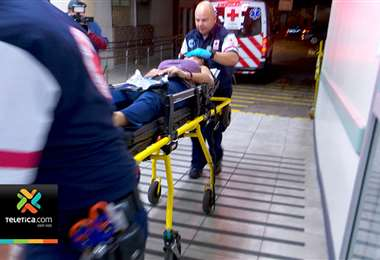 Una menor de 16 años de edad resultó gravemente herida esta madrugada