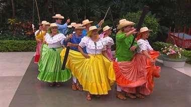 Grupo de baile 'Al son de la vida'