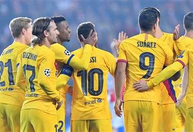 Lionel Messi celebra su gol con el Barcelona   UEFA.COM