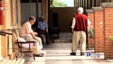 Agresión y abandono de adultos mayores, una realidad en incremento