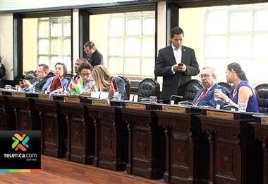 Diputados alargaron el plazo para pagar el aguinaldo por pensión alimenticia
