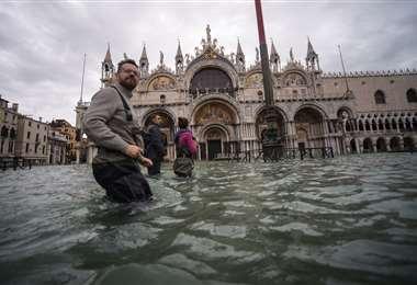 Venecia, en estado de alerta por nueva marea alta