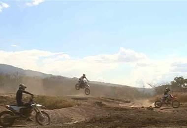Clásica de motocross Carmona será este sábado