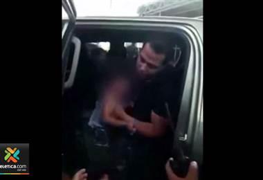 Argentina: rescatan a niño de 3 años encerrado en vehículo por casi dos horas bajo intenso calor