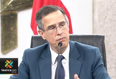 Corte plena reelige a Luis Antonio Sobrado como magistrado del TSE por seis años más