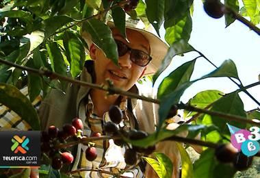 Édgar Silva muestra su vida en la finca cafetalera