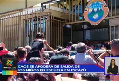 Caos se apodera de la salida de clases en la escuela República de Venezuela en Escazú.