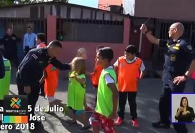 Niño tico ideó campaña de recolección de tacos para niños de bajos recursos