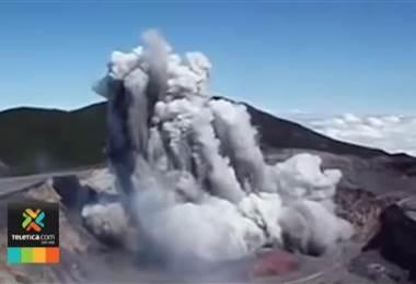 Pacientes con bronquitis crónica y asma cercanos al volcán Poás deben mantenerse en interiores