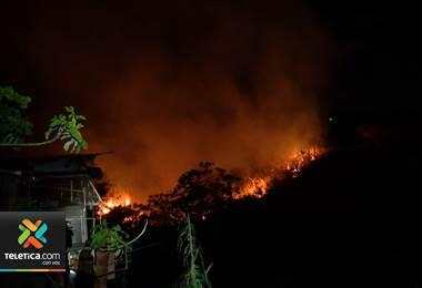 Cuerpo de Bomberos atiende un incendio forestal o en algún charral cada 18 minutos