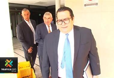 Óscar Arias rechazó cargos por violación y abuso sexual y entregó sus dos pasaportes a la Fiscalía