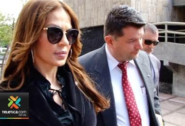 Ex reina de belleza que denunció por abuso sexual a Óscar Arias
