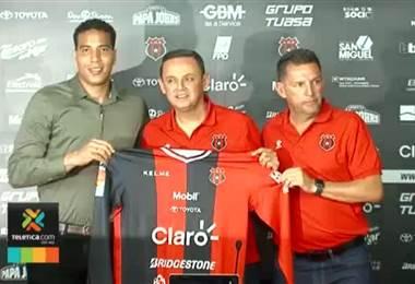 Aarón Cruz y Patrick Pemberton se adueñaron de la portería de sus equipos de manera inesperada