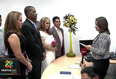 En Ecuador el Día del Amor y la Amistad fue aprovechado por 625 parejas para casarse