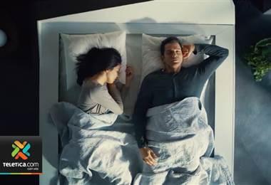 Crean una cama que diseñada para evitar que se invada su lado del colchón.