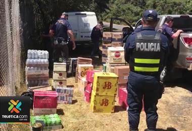 Poco más de 4.000 unidades de licor fueron decomisadas en la Ruta Interamericana Sur.