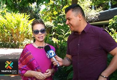 Cantante Paloma San Basilio ya está en el país para ofrecer un concierto este sábado.