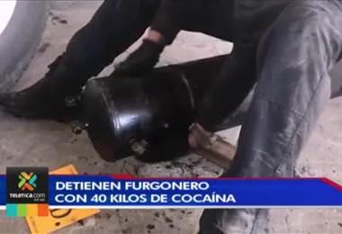 Detienen furgonero con 40 kilos de cocaína en Peñas Blancas