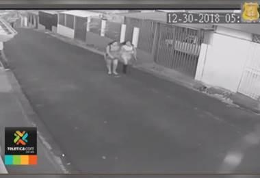 OIJ busca a dos mujeres que contactan hombres en bares para drogarlos y robarles en sus casas