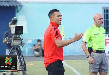 Centeno necesitó 77 partidos en primera división como entrenador para su primer juego internacional