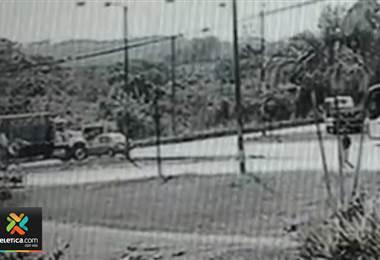 Choque entre camión y automóvil dejó cuatro personas heridas en Naranjo