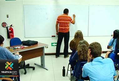 500 mil estudiantes recibirán charlas para mejorar el manejo de sus finanzas