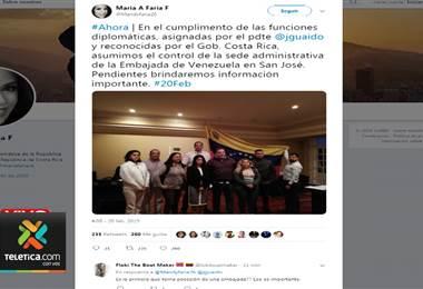 Toma embajada de Venezuela
