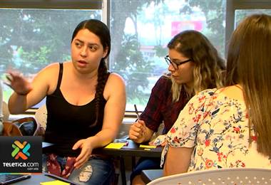Jóvenes y sus familiares podrán asistir a una feria de la salud que ofrece servicios gratuitos.