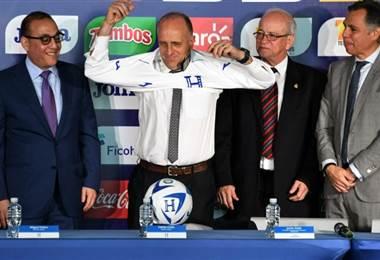 El técnico uruguayo Fabián Coito |AFP.