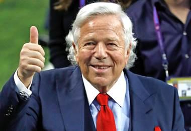 Robert Kraft, presidente de los Patriots de Nueva Inglaterra.