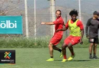 Marco Ureña tiene como desafío anotar su primer gol con la Liga