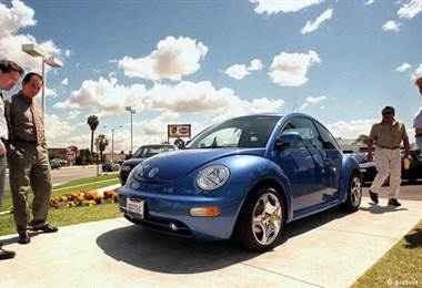 Volkswagen intenta arrancar con energía eléctrica