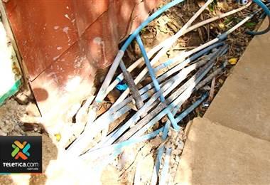 AyA no sabe cómo solucionar problema de conexiones ilegales en Tirrases