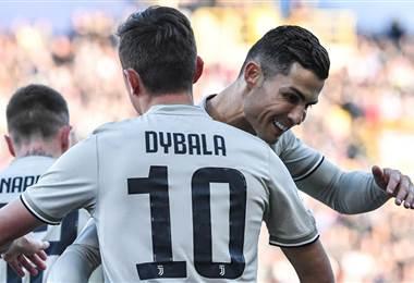 Cristiano Ronaldo y Paulo Dybala, jugadores de la Juventus.