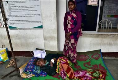 150 personas muertas por intoxicación en India