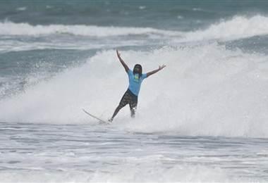 Gilbert Brown Surf