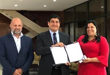 Carlos Alvarado extiende moratoria petrolera