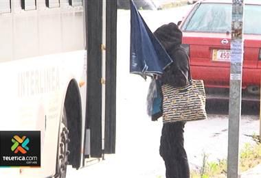 Ingreso de humedad desde el Caribe provocó las lluvias de este domingo en el Valle Central