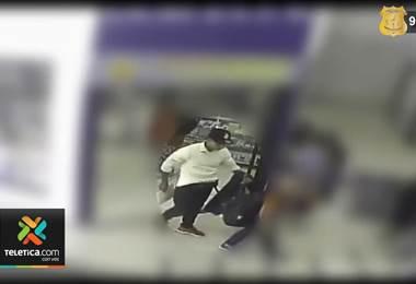 OIJ busca a un sujeto que le robó a un niño su billetera