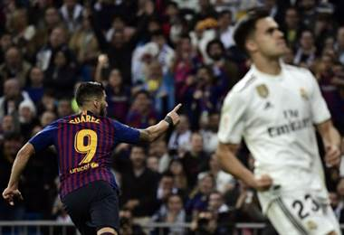 Luis Suárez del Barcelona celebra su gol ante Real Madrid.|AFP