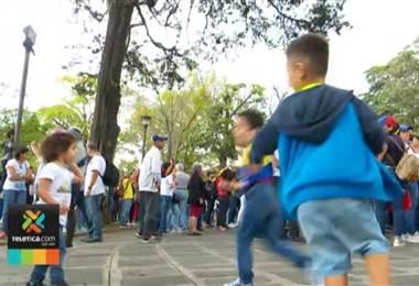 Decenas de venezolanos se reunieron en el Parque Nacional para pedir paz en Venezuela