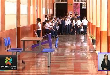 Policía de tránsito califica de alto riesgo a escuelas ubicadas en calles muy transitadas