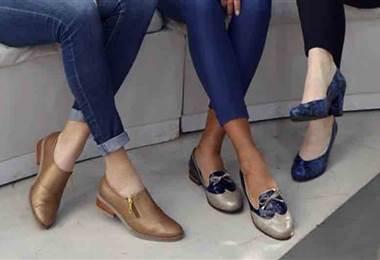 Conozca la moda en zapatos: desde charol hasta el cuero
