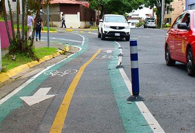 Ciclovía de San Pedro y San José presenta daños y deterioro por obras viales y vandalismo