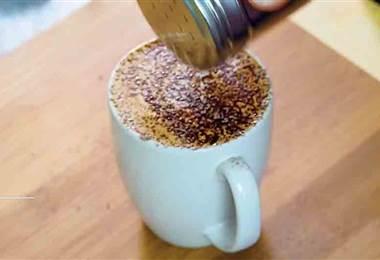 ¿Sabía que en vez de agregarle azúcar al café, podría endulzarlo con canela?