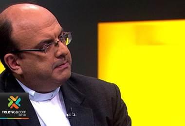 Fiscalía tramita nueva causa contra sacerdote Mauricio Víquez por presunta violación