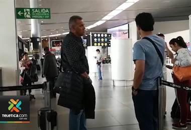Alajuelense espera el permiso de trabajo de Hernán Torres para su debut