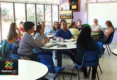Juntas de Educación empezaron a recibir dineros a dos días del inicio de clases