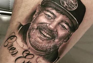 Tatuaje de la cara de Maradona-Instagram
