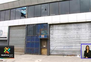 Edificio en abandono le está generando muchos problemas a los vecinos de Barrio México